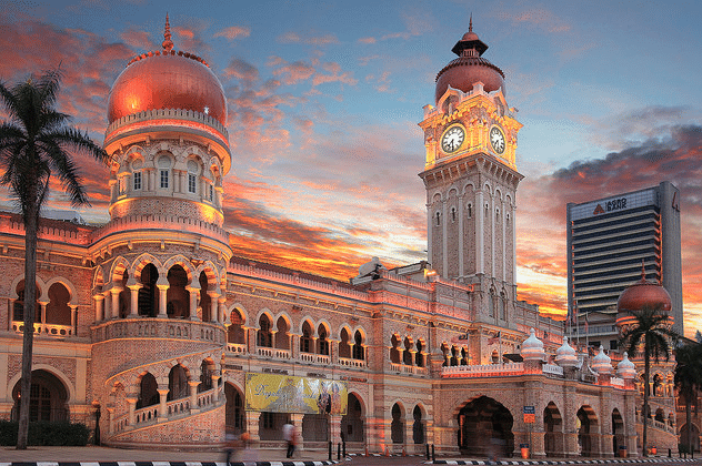 Best historical buildings and halal things to do in kuala lumpur