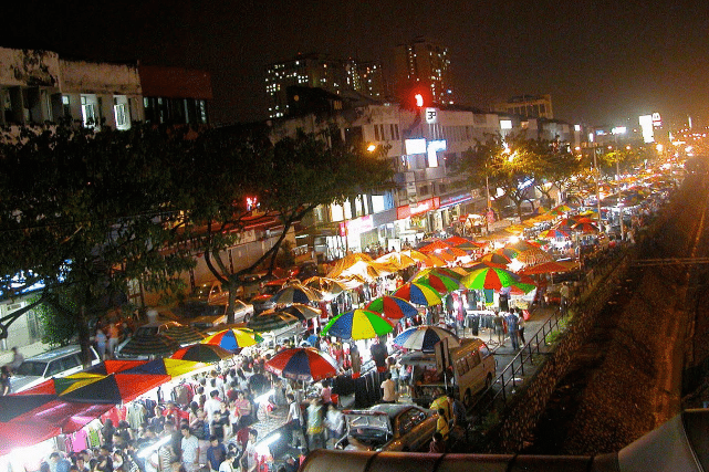 Top halal street foods at night markets in Kuala Lumpur itinerary 3 days 2 nights