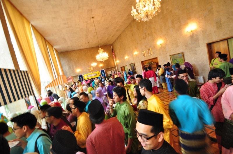 eid ul fitr in malaysia open house