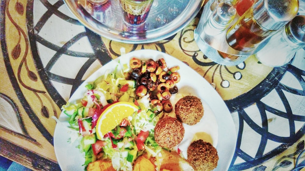 muslim friendly destinations for summers - baraka halal restaurant berlin germany