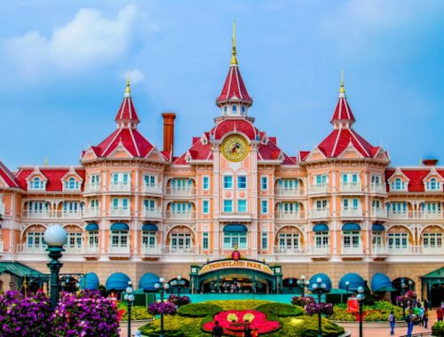 muslim friendly destinations for summers - disneyland paris france featured