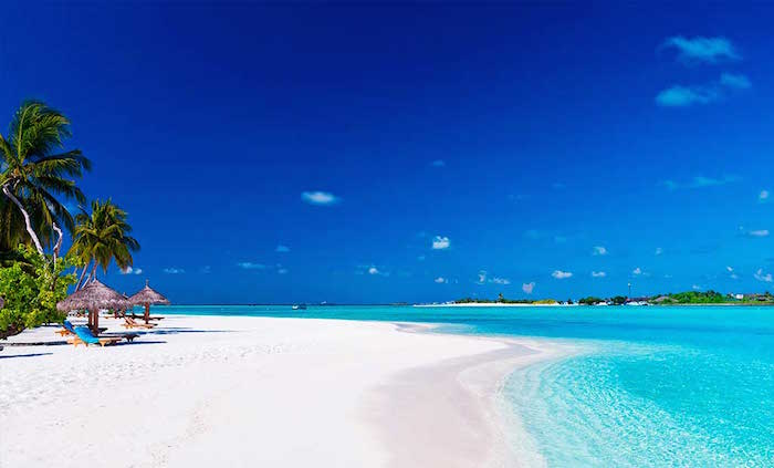 Best places to travel in the world - maldives