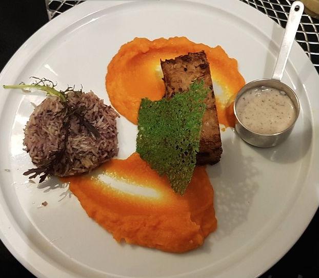 halal food in paris - le crystal restaurant