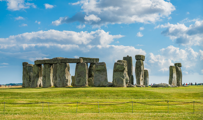 muslim friendly attractions in uk stonehenge