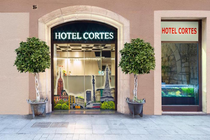 Muslim friendly hotel cortes barcelon
