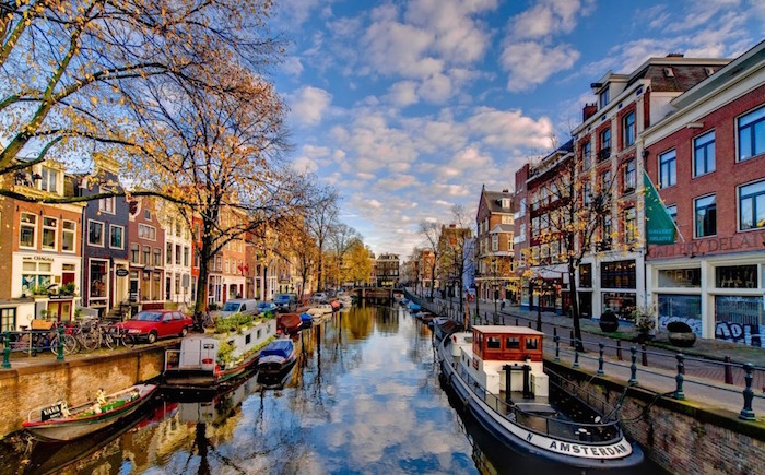 travel guide to amsterdam for muslim travellers