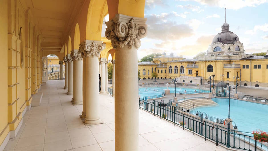 Muslim friendly hotels in Budapest Hungary