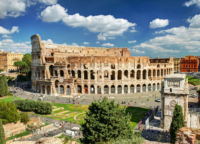 Rome travel guide for Muslim travellers - Colosseum