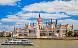 Travel guide to Budapest for Muslims