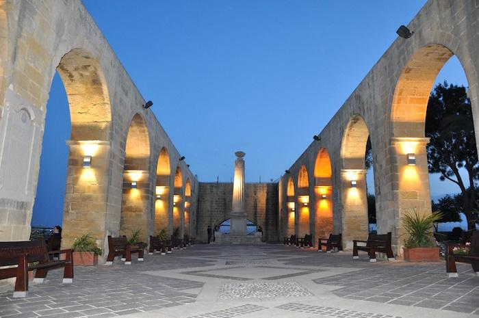 Travel guide to Malta for Muslims - Upper Barrakka Gardens